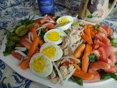Lisbon Cobb Salad - Salada de Atum  recipe from Tia Maria's Blog