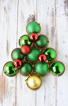 Mason Jar Lid Wreath   Christmas Wreath Tutorial using Mason Jar Lids   Holiday Mason Jar Crafts
