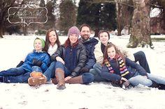 fun family snow photos is tacoma, washington Winter Family Pictures, Snow Pictures, Winter Photos, Family Pics, Winter Family Photography, Snow Photography, Photography Poses, Family Picture Poses, Family Posing