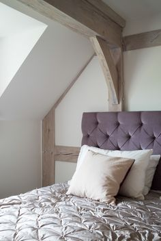 Border Oak Farmhouse bedroom