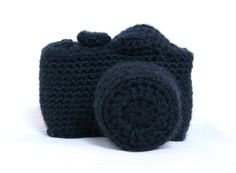 Crochet DSLR camera plushie