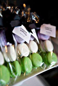 Macaron gift packaging