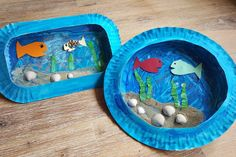 Anleitung : Wir basteln ein Meeresbild / Aquarium Sunday was bad weather, so we were looking for a job for inside. Since my Pipilotta had [. Cute Diy Crafts, Easy Crafts, Crafts For Kids, Sea Pictures, Kindergarten Lesson Plans, Diy Upcycling, Young Animal, Unicorn Crafts, Pet Supplies