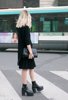 Street style and fashion trends - Lelook   Paris, Stella McCartney chunky boots