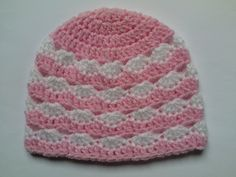 Crochet Baby Hats Free Pattern, Crochet Patterns, Baby Beanie Hats, Beanies, Cream Hats, Newborn Hats, Newborn Crochet, Basic Crochet Stitches, Baby Kind