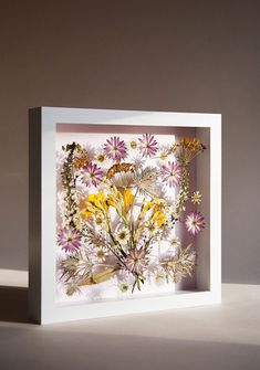 Pressed Flower Wall Art DIY Pressed Flower Wall Art - this would be gorgeous in a HUGE shadowbox frameDIY Pressed Flower Wall Art - this would be gorgeous in a HUGE shadowbox frame Summer Flowers, Diy Flowers, Press Flowers, Blooming Flowers, Bouquet Flowers, Flower Diy, Flower Frame, Flower Wall, Flower Picture Frames
