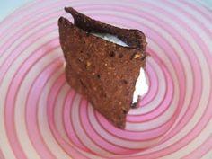 wheatless and meatless: GLUTEN FREE SEMI-HOMEMADE ICE CREAM SANDWICHES