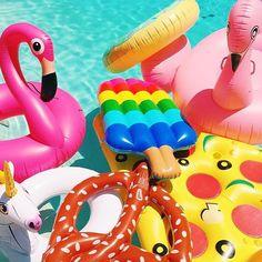 Pool party festivities! #flamingo #pizza #pretzel #swan #popsicle #floaties @sophlog  www.velocehats.com