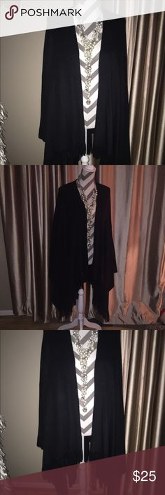 👛 Black Wool Cape with Fringes 👛 Black Wool Cape with Fringes Jackets & Coats Capes