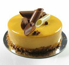 Beautiful Desserts, Beautiful Cakes, Amazing Cakes, Fancy Desserts, Just Desserts, Delicious Desserts, Elegant Cake Design, Decoration Patisserie, Mirror Glaze Cake