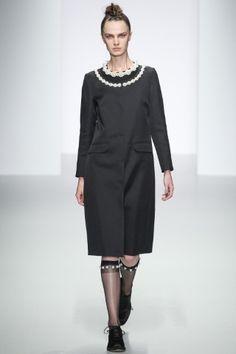 Sfilate Simone Rocha Collezioni Primavera Estate 2014 - Sfilate Londra - Moda Donna - Style.it