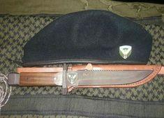 Mi gran boina verde Knives, Hats, Green Beret, War, Special Forces, Military Uniforms, Knifes, Hat