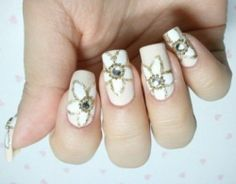 Wedding Nail Designs | White and Gold Flowers Wedding Nail Designs