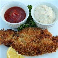 Northwest razor clams are breaded with panko and pan fried in butter. This dish is a treat after a cold night's dig for these delicious clams. Clam Recipes, Seafood Recipes, Gourmet Recipes, Dinner Recipes, Healthy Recipes, Fish Recipes, Asian Recipes, Dinner Ideas, Razor Clams Recipe