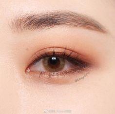 Korean natural eye makeup - Make Up Ideas Korean Natural Makeup, Korean Makeup Look, Korean Makeup Tips, Asian Eye Makeup, Korean Makeup Tutorials, Eye Makeup Art, Simple Eye Makeup, Eye Makeup Tips, Cute Makeup