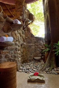 Outdoor Bathrooms 259379259776898014 - Trending 2018 Jungle Bathroom Design Ideas 28 Source by loupxiii Outdoor Baths, Outdoor Bathrooms, Rustic Bathrooms, Dream Bathrooms, Indoor Outdoor, Outdoor Ideas, Outside Showers, Outdoor Showers, Jungle Bathroom