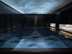 Hidden gem swimming pools at luxury London hotels Pool Indoor, Indoor Swimming Pools, Swimming Pool Designs, Lap Swimming, Lap Pools, Backyard Pools, Pool Decks, Pool Landscaping, Pool Spa