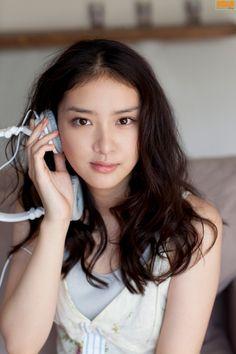 Tao Tsuchiya cast as Misao Makimachi in Rurouni Kenshin sequel Pretty Asian, Beautiful Asian Women, Beautiful Ladies, Korean Beauty, Asian Beauty, Cute Girls, Cool Girl, Pretty Girls, Emi Takei