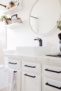White cabinet with white round mirror and quartz counter, black fixtures Modern Bathroom Paint, Mid Century Modern Bathroom, Bathroom Paint Colors, Brown Bathroom, Rustic Bathrooms, White Bathrooms, Luxury Bathrooms, Master Bathrooms, Dream Bathrooms