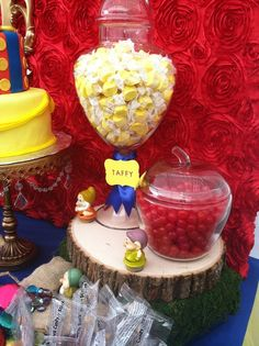 Snow White Birthday Party Ideas | Photo 1 of 30 | Catch My Party