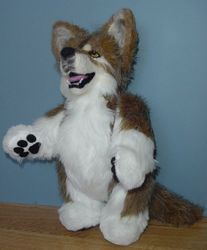 Free sewing pattern to make an adorable stuffed wolf with similar construction to a sewn teddy bear.