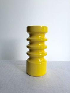 Großer Kerzenständer, Vintage,  deutsche Keramik, Mid Century, Gelb, Selten von moovi auf Etsy