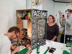 Face-o-mat – The analog photobooth by Tobias Gutmann