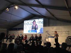 """Convegno di Farmindustria, Casini: """"Farmaceutica settore strategico per l'economia"""""""