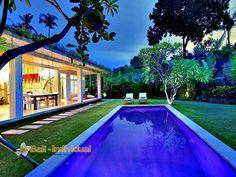 Villa Lodek Seminyak that offers two bedroom, Bali. http://www.individualbali.com/villas/villa-lodek-seminyak
