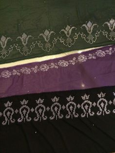 Valance Curtains, Diy And Crafts, Model, Seed Beads, Ribbon Embroidery, Cross Stitch, Scale Model, Models