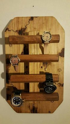 Watch holder by on Etsy … Diy And Crafts Sewing, Diy Crafts, Wood Projects, Woodworking Projects, Handmade Wood Furniture, Watch Storage, Watch Holder, Watches, Things To Sell