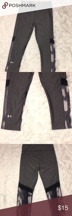 Under Armour workout pants Very good condition, you can bundle both my Under Armour workout pants for both 25 dollars Under Armour Pants Track Pants & Joggers