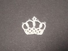 王冠のタティングレースの作り方|編み物|編み物・手芸・ソーイング | アトリエ