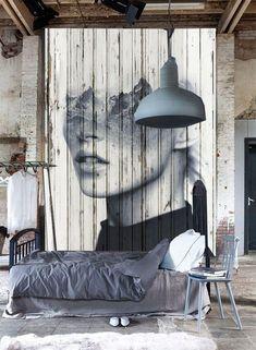 Geef een saaie muur een stoere look met fotobehang
