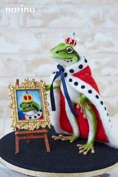 ハンドメイドマーケット minne(ミンネ)| ■カエルの王様と肖像画■