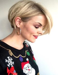 Short Hairstyles You Should Try in These short haircuts are suitable for all hair types and face shapes. Whether your hair is thin, thin Short Sassy Haircuts, Short Hairstyles For Women, Hairstyles Haircuts, Cool Hairstyles, Hairstyles Videos, Casual Hairstyles, Bob Haircuts, Everyday Hairstyles, Ponytail Hairstyles