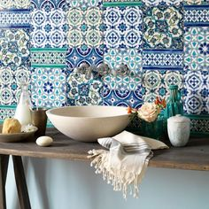 Country bathroom with Moroccan tiles Bad Inspiration, Bathroom Inspiration, Interior Inspiration, Moroccan Bathroom, Moroccan Decor, White Bathroom, Moroccan Kitchen, Morrocan Theme, Green Bathrooms