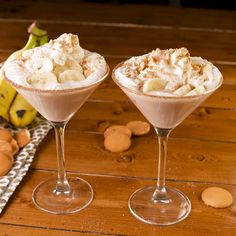 Banana Cream Pie Martini We boldly turned your favorite dessert into the perfect martini. Cocktail Desserts, Dessert Drinks, Yummy Drinks, Cocktail Recipes, Alcohol Drink Recipes, Martini Recipes, Vanilla Vodka Recipes, Vanilla Vodka Drinks, Banana Cocktails