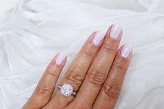 Blogger Eveliina's idea of the perfect bridal nails was a manicure made with Lumene Gel Effect Nail Polish shade 45 Bright Evening. #nailpolish #lumene