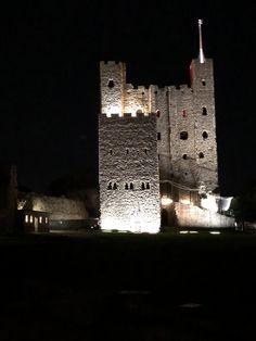 Rochester Castle, Willis Tower, Building, Travel, Viajes, Buildings, Trips, Traveling, Tourism