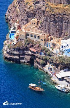 Porto de Fira em Santorini, Grécia.