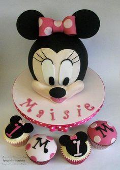 3D Minnie Mouse Cake & Cupcakes - Cake by Spongecakes Suzebakes
