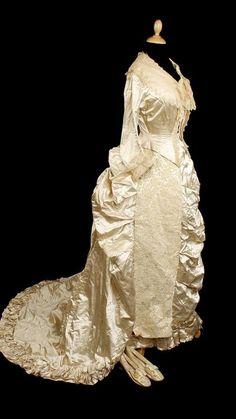 Cream silk with satin - 1880s