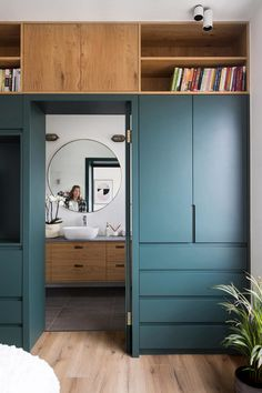 Wardrobe design Hidrobox shower floor walk-in shower Interior project Bedroom – Amstelveen Room Design, Interior, Home, Bedroom Wardrobe, Bedroom Closet Design, Bedroom Interior, House Interior, Bedroom Built In Wardrobe, Closet Design