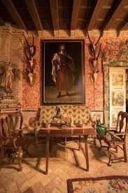 palacio san benito Classic Living Room, Old World, Beams, Spain, Rustic, Stone, Cool Stuff, Antiques, Painting