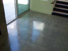 Suelos de cemento pulido en formato de baldosas