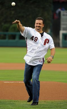 Tommy Greene, author of a 1991 no-hitter and member of the 1993 NL Champions, threw out a ceremonial first pitch on 1990's Retro Night on 8/22/12