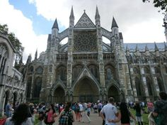 westminster abbey - mind the tourists
