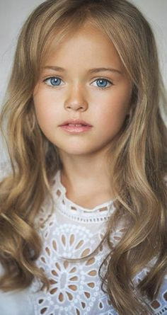 ロシアの天使クリスティーナ・ピメノヴァ(ピネノーヴァ)「世界一の美少女」に見つめられる画像 - NAVER まとめ