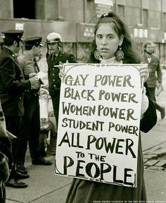 Resultado de imagem para cartazes manifestacoes feminista